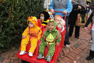 even the little ones got a chance to show off their costumes